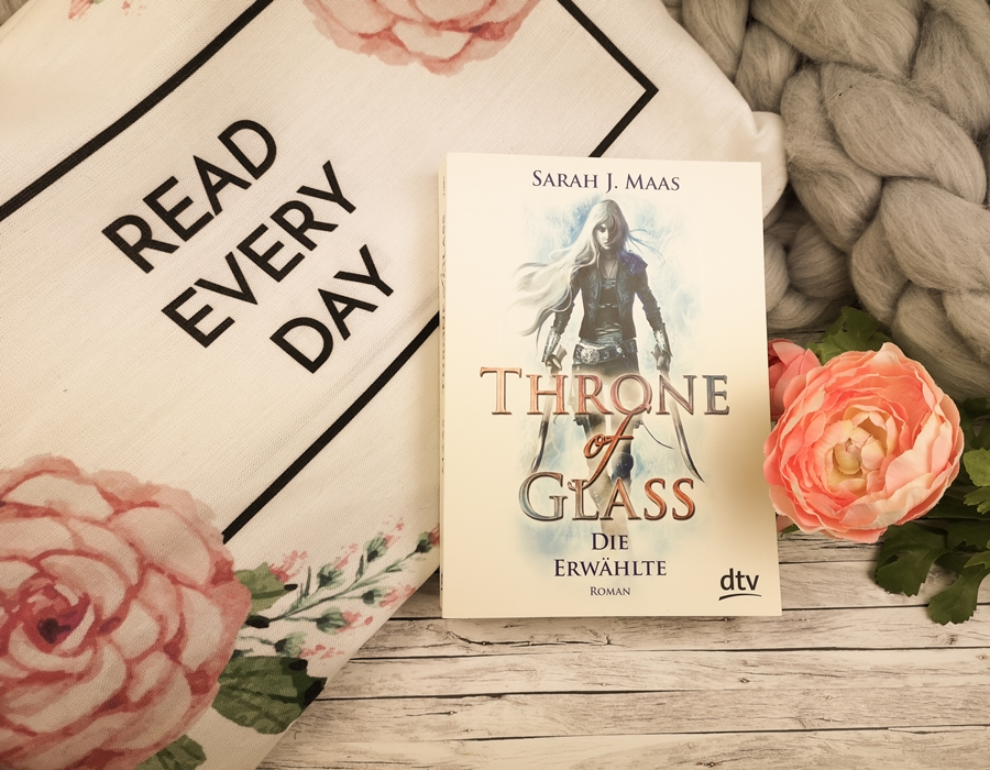 Sarah J Maas throne of glass die erwählte.jpeg